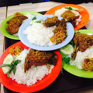 Kuliner Indonesia - Bebek Goreng Sinjay
