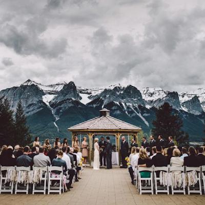 Inspirations et idées de décorations pour un mariage thème montagne blog mariage www.unjourmonprinceviendra26.com