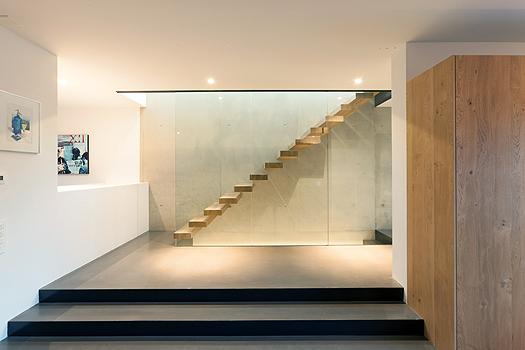 Treppe im Haus von Architektin von Mann.