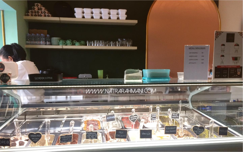luigi-gelato-artisan-gelato-di-kota-medan-natrarahmani