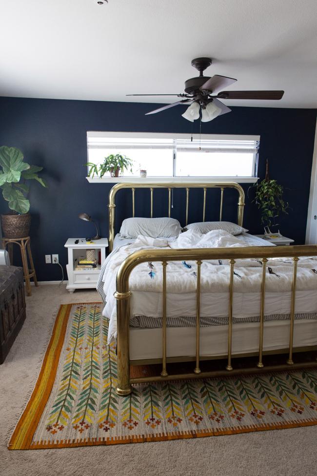 Navy Blue Bedroom Ideas: Insideways: Navy Blue Bedroom