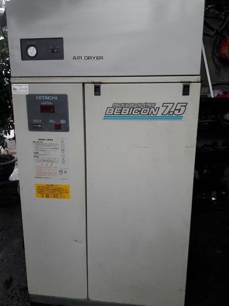 bán máy nén khí cũ hitachi không dầu 7.5 kw có tách ẩm