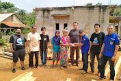 Ormas Badak Banten Salurkan Bantuan Untuk Nenek Ratna