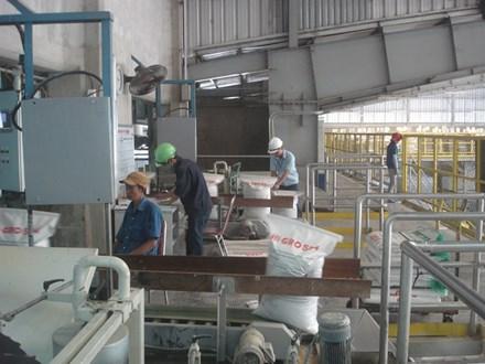 Sản xuất TĂCN ở C.P Việt Nam.