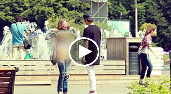VIDEO: Jutawan Ini Buktikan Apa Wanita Sanggup Buat Demi Duit ! Dan Hasilnya Sangat Mengejutkan !