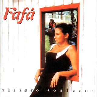 Fafá de Belém na capa do disco Pássaro Sonhador, de 1996