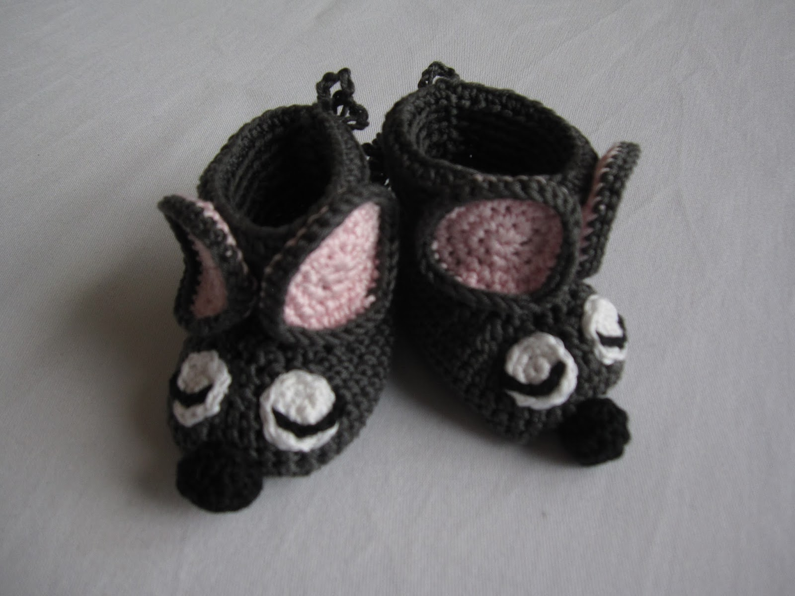 Sachen selber machen: gehäkelte Mäuse Schuhe