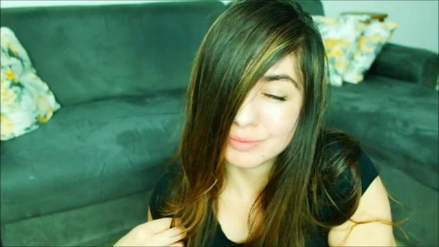cabelos alinhados, cabelos com brilho, kert, creme de tratamento, óleo de argan, cabelo mais liso, creme alisador