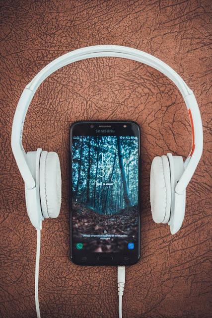تنزيل افضل خلفيات سامسونج Galaxy M10 الإفتراضية | بدقة +QHD