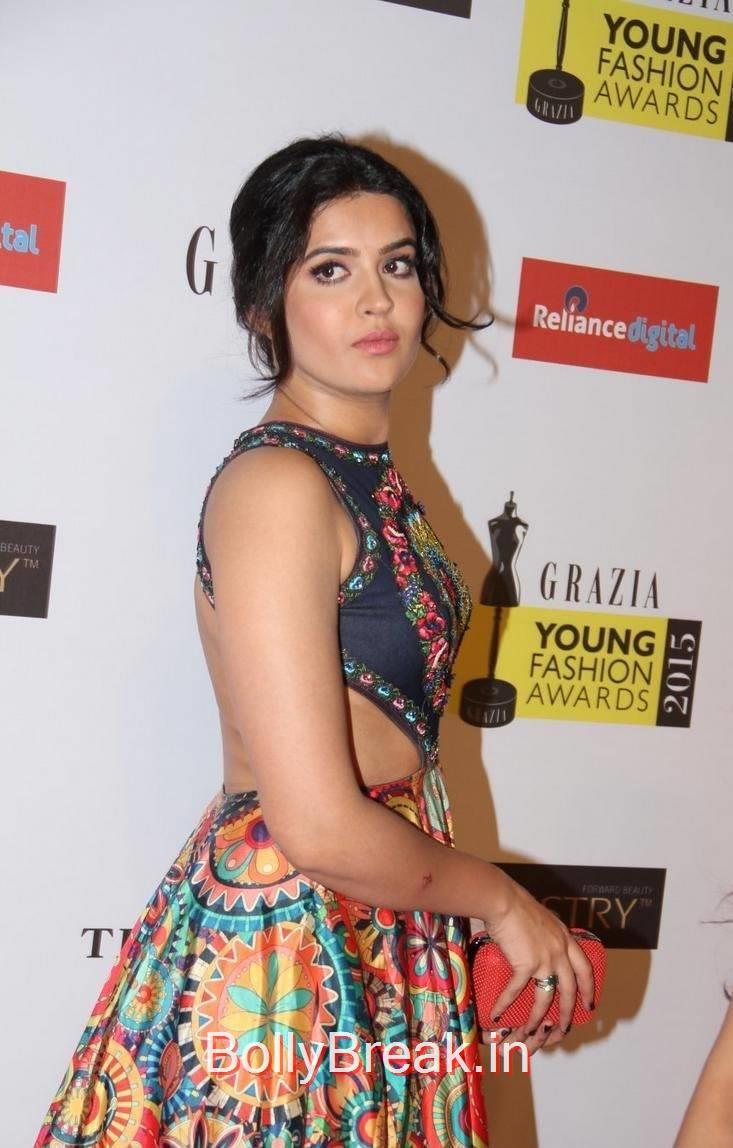 Deeksha Seth Photo Gallery, Deeksha Seth Hot Pics from Grazia Young Fashion Awards 2015