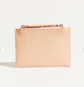 http://www.urbanoutfitters.com/fr/catalog/productdetail.jsp?id=5770339150431&category=GIFTS-STOCKING-FILLERS-EU