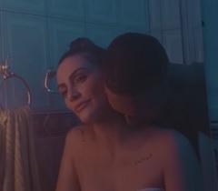 Cleo lança clipe com Mano Brown