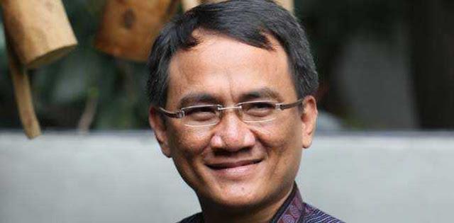 Sindir Jokowi soal Kasus Ahmad Dhani, Andi Arief: Selera Pembeli Pisang & Martabak Menurun Drastis
