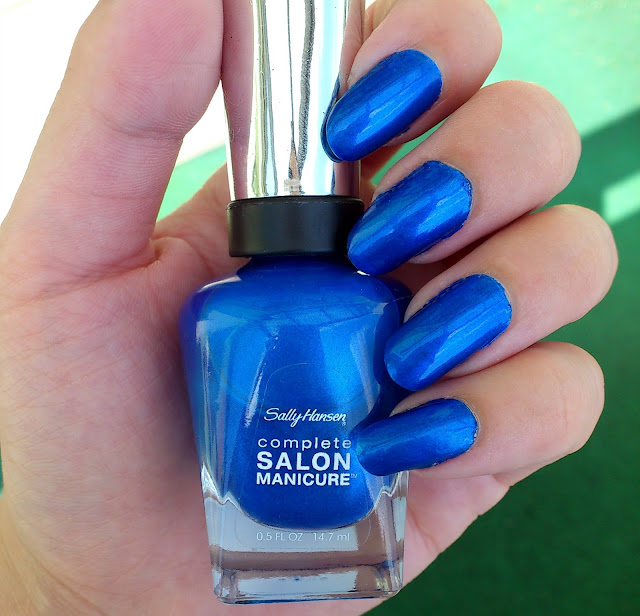 Sally Hansen 837 Blue Crush