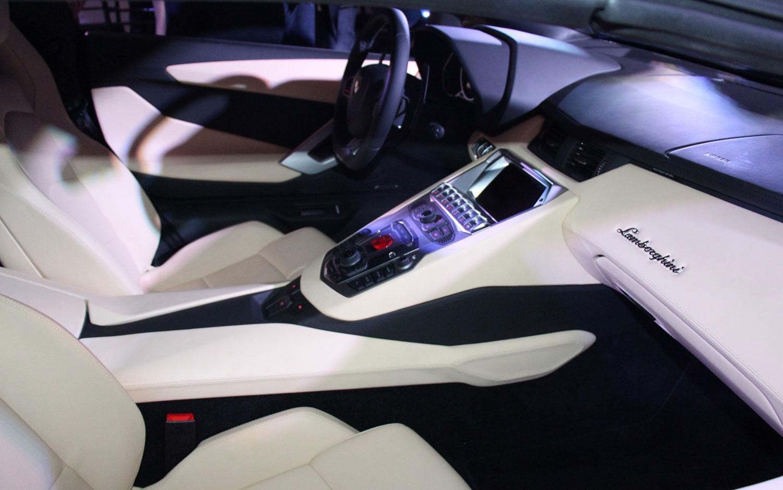 Cars Model 2013 2014: 2013 Lamborghini Aventador Roadster ...