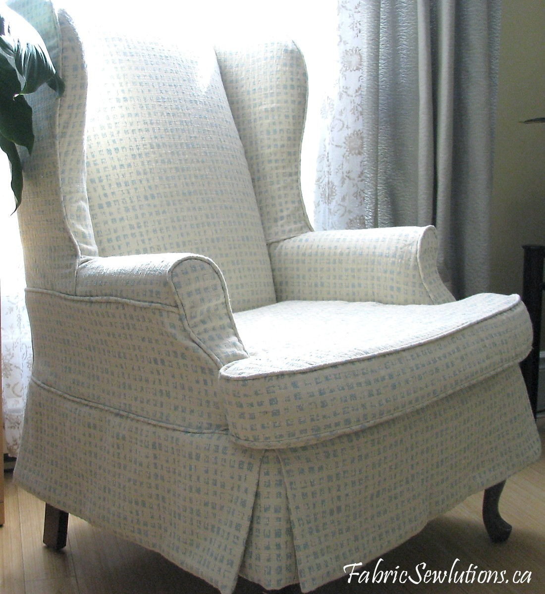 floral slipcovers for wingback chairs | Sewlutions' World: Wingback Chair Slipcover