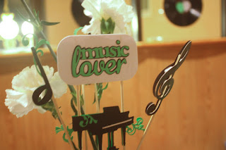 Music lover sign, by Grace Baxter