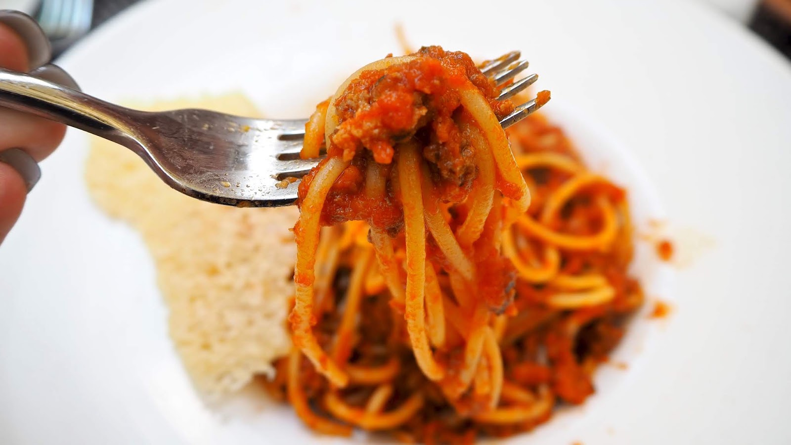 Linguine Bolognese