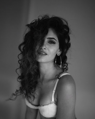 Karishma Sharma Hot & Sexy Bikini Pics From Instagram....
