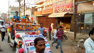 maithili-thakur-road-show-madhubani-vote-awareness