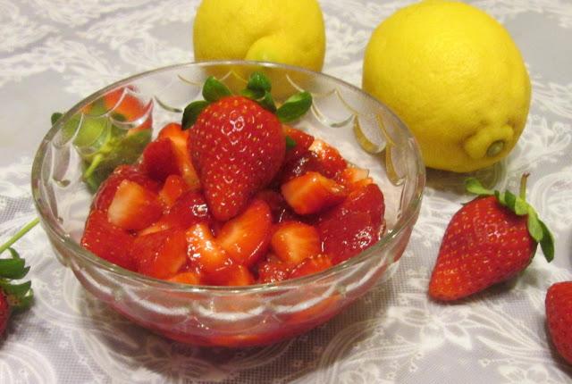 Receita italiana de sobremesa com morangos
