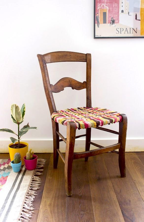 Una silla vieja transformada con telas