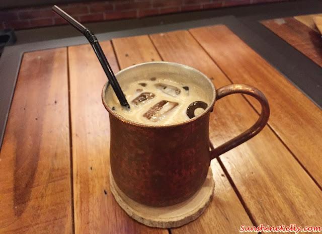 Caffe Crema, Plaza Mont Kiara, Ice Latte, Copper Mug, Durian Cheese Cake, Tiramisu, White Ginger Pear Organic Tea, Latte, Cafe Hopping
