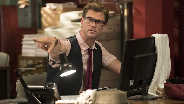 As Caça-Fantasmas | Conheça o personagem de Chris Hemsworth no featurette inédito da comédia