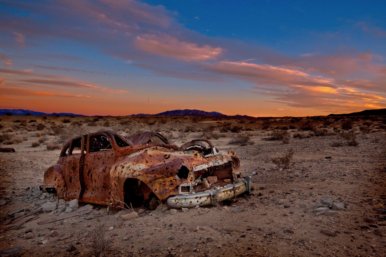 Spare Parts and Pics: Desert Rust