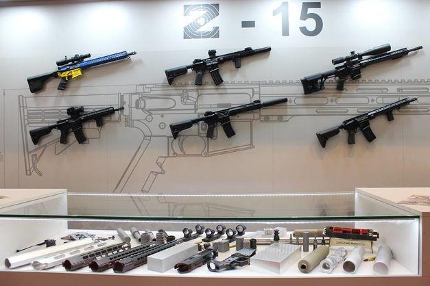 Вітчизняні гвинтівки купують в США. Які країни є імпортерами української зброї