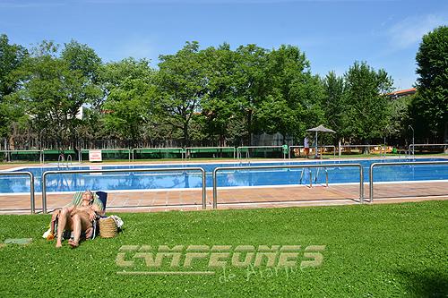 Abre la piscina municipal de aranjuez campeones de aranjuez for Precio piscina municipal madrid 2017