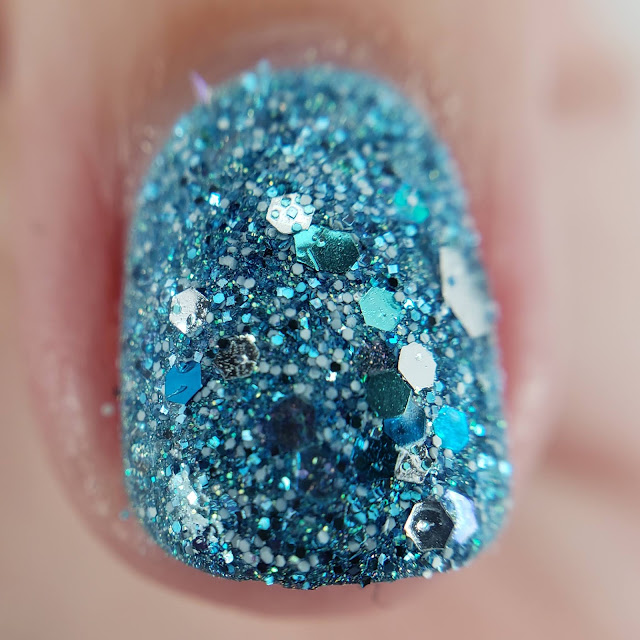 green glitter, craft glitter, glitter nails, nail art