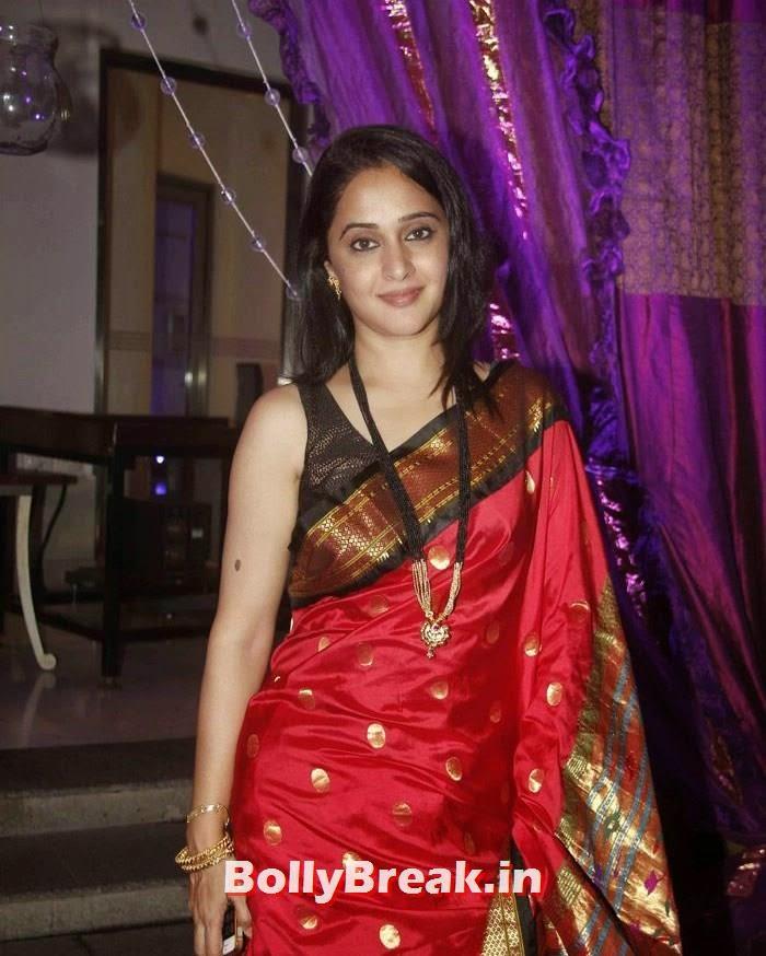 Mrinal Kulkarni, Nikitin Dheer, Kratika Sengar Wedding Pics