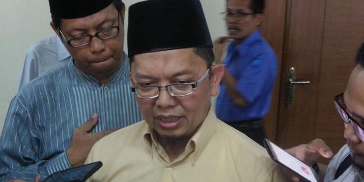 Dosen Universitas Muhammadiyah Prof. DR. Hamka (UHAMKA) Alfian Tanjung, di kantor Dewan Pers, Kebon Sirih, Jakarta Pusat. (Foto: KC)