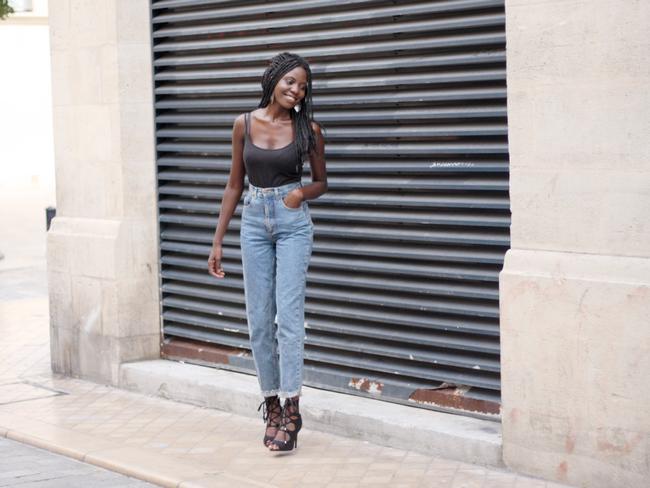 bordeaux, blogueuse mode, blogueuse mode noire, blogueuse mode francaise, olivia, blogueuse olivia, lifestyle, jeans, vintage jeans, vintage, asos, nelly, hm