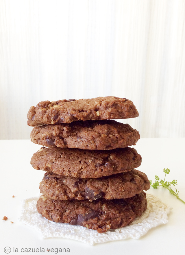 Galletas veganas de chocolate y cacahuete