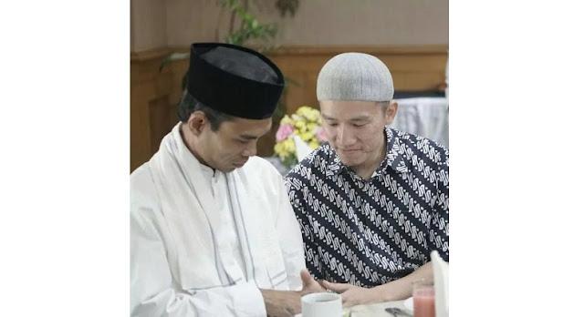 Doa Felix Siauw untuk Ustadz Abdul Shomad: Semoga Menjadi Suluh Penerang