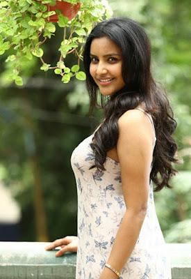 Tamil hot actress Priya Anand Images