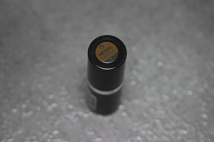 essence metal shock lipstick iron maiden