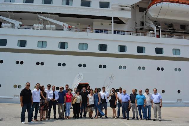Επίσκεψη των τουριστικών και εμπορικών φορέων και συλλόγων του Δήμου Ναυπλιέων στο κρουαζερόπλοιο celestial