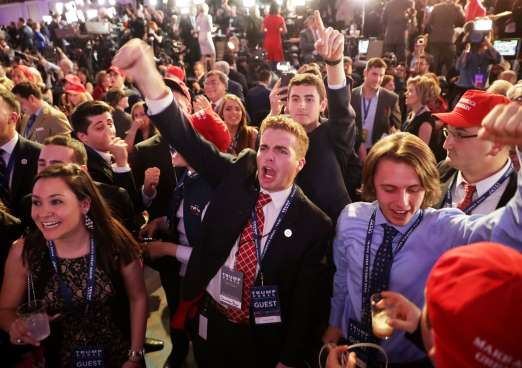 Trump takes Florida, Ohio, NC in battle for White House