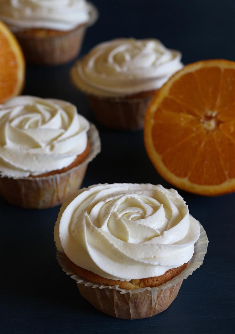 Mandarinen-Orangen-Quark-Cupcakes