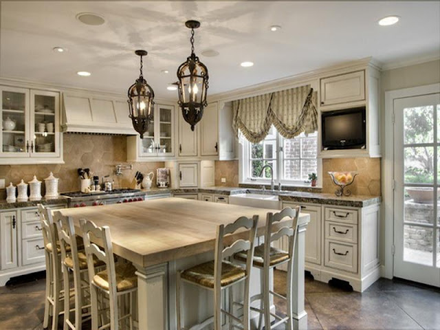 Make your Kitchen Spacious with Small Kitchen Tables Make your Kitchen Spacious with Small Kitchen Tables 6