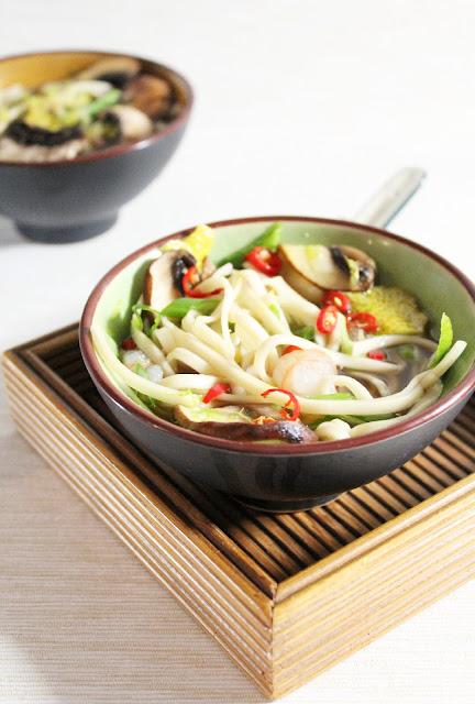 Fideos udon umami