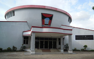 Ketua DPRD Kota Padang Legowo, Serahkan Pimpinan Rapat Pada Muhidi