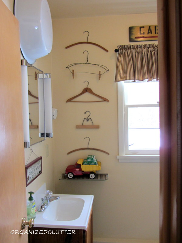 Decorating a Very Small Bathroom  Organized Clutter