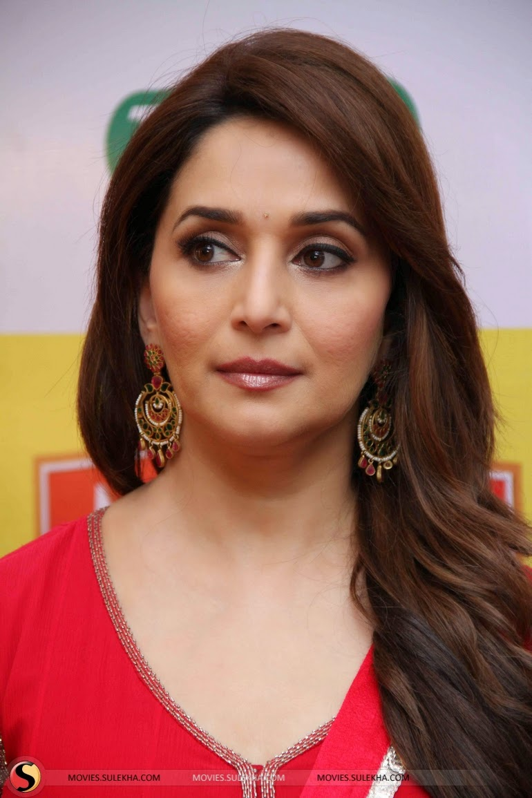 Madhuri Dixit 2015 Photos! at Campaign Shoots for Mahakosh Pictures