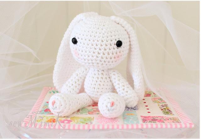 Sweet Crochet By author Sandrine Deveze published on April, 2015 ...   443x640