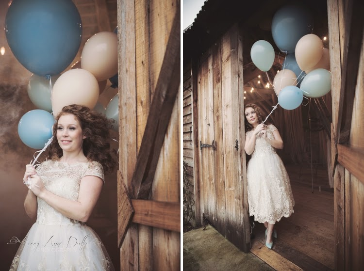 Barn wedding with balloons
