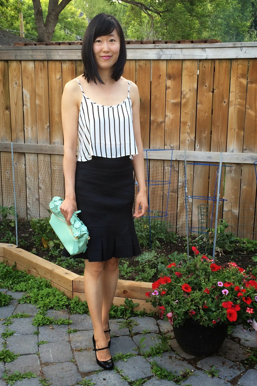 27b68520e0803 Eye Candy: Effortless Anthro Reader Outfits | Effortlessly With Roxy